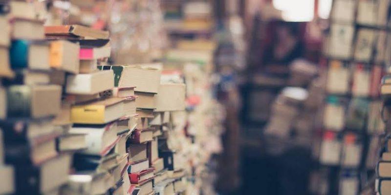 Como conseguir desconto na compra de livros?
